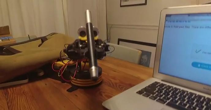 Пользователи возмущены появлением робота-антибота. Фото Скриншот Youtube.com