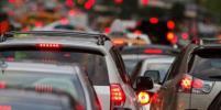 На трассе Москва-Петербург столкнулись 6 автомобилей; трое пострадали