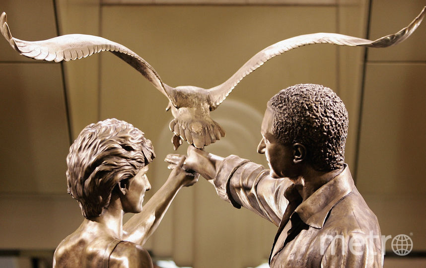 Памятник леди Ди в Хэрродс. Фото Getty