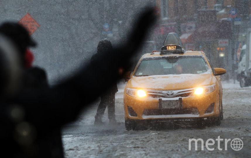 Таксиста заперли в багажнике двое пассажиров под Петербургом. Фото Getty