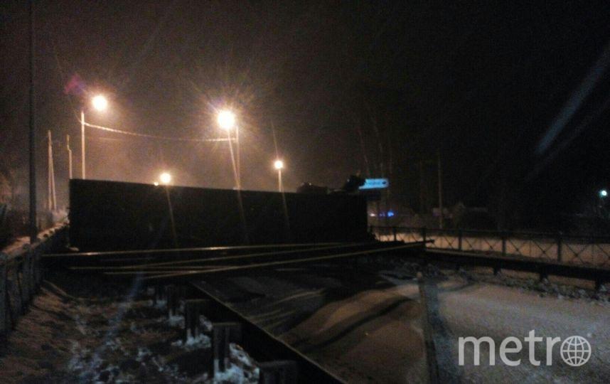 Спасатели прибыли на помощь лишь через несколько часов. Фото vk.com/spb_today
