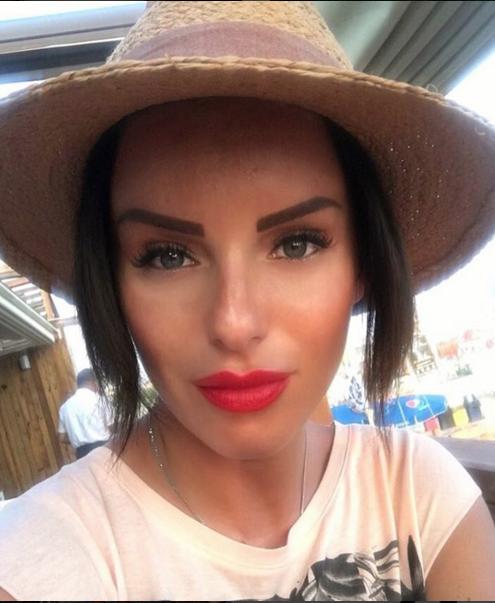 . instagram.com/official_juliavolkova.