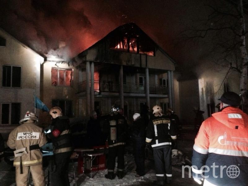 ВЛевашово тушили крупный пожар встроящемся доме