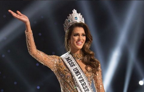 """Титул """"Мисс Вселенная"""" завоевала студентка-стоматолог Ирис Миттенар из Франции. Фото Instagram - все"""