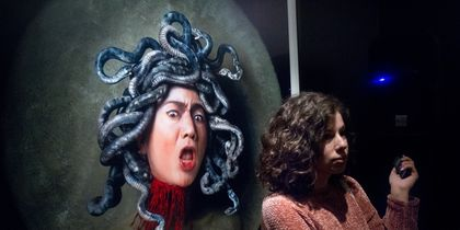 Ясумаса Моримура привёз в Москву свои автопортреты