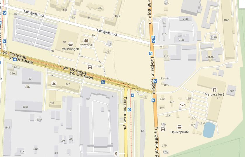 Трубу прорвало на пересечении Оптиков и Гаккелевской улиц. Фото Яндек.Карты