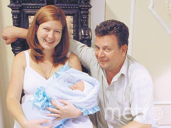 Светлана и Михаил с единственным пока родным ребёнком. Фото instagram Светланы Дель