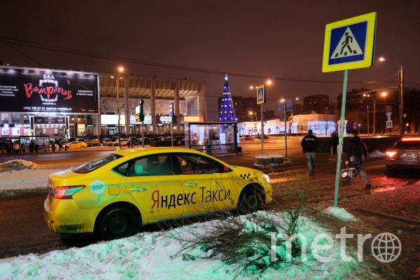"Автомобиль ""Яндекс-такси"". Фото РИА Новости"
