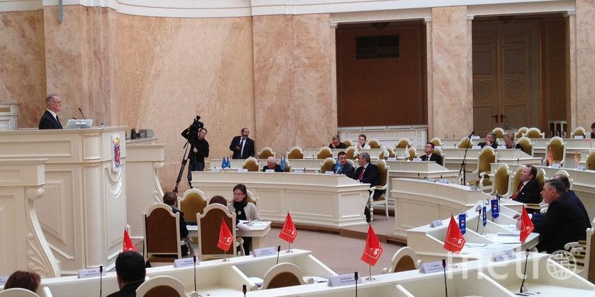 Единороссы намереваются «установить вПетербурге порядок», запретив несогласованные встречи сдепутатами