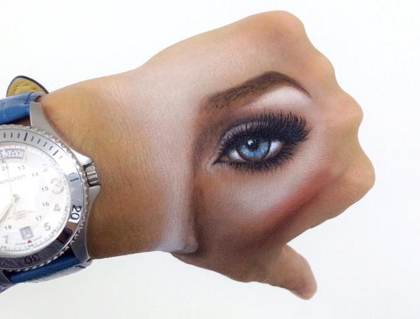 Глаз и кулак. Фото www.instagram.com/m_keeeeen2