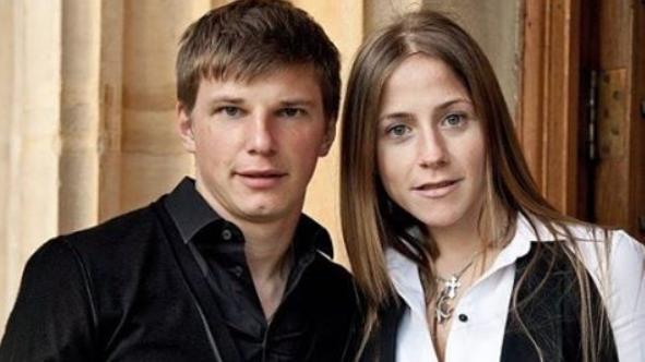 Андрей Аршавин со своей бывшей женой (гражданской) Юлией Барановской. Фото www.instagram.com/instastarsnews