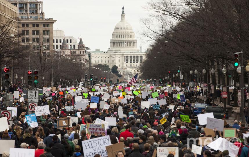 Протесты против указа об изменении миграционной политики не утихают по вcей стране. Фото Getty
