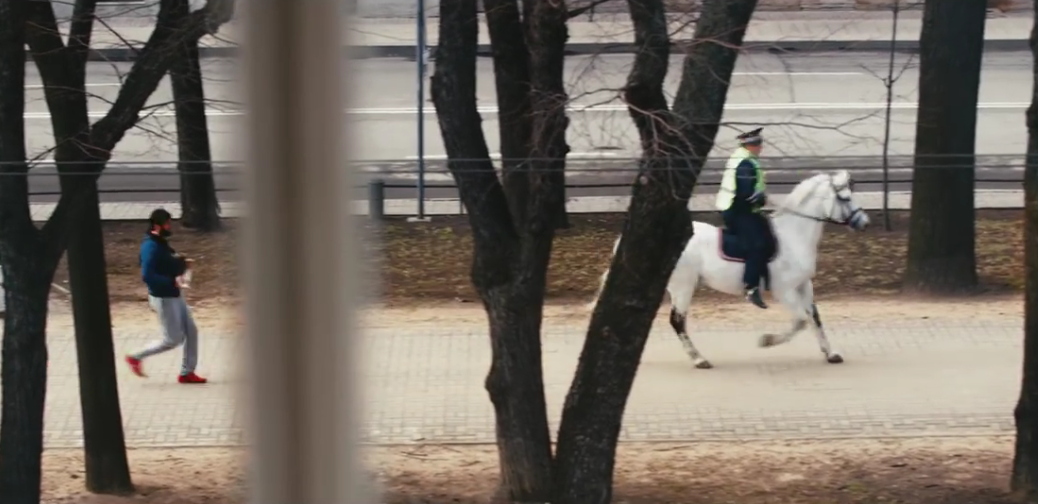 Москвич прослушал песню «В Питере – пить» рекордное количество раз. Фото Скриншот YouTube/Ленинград - В Питере - пить