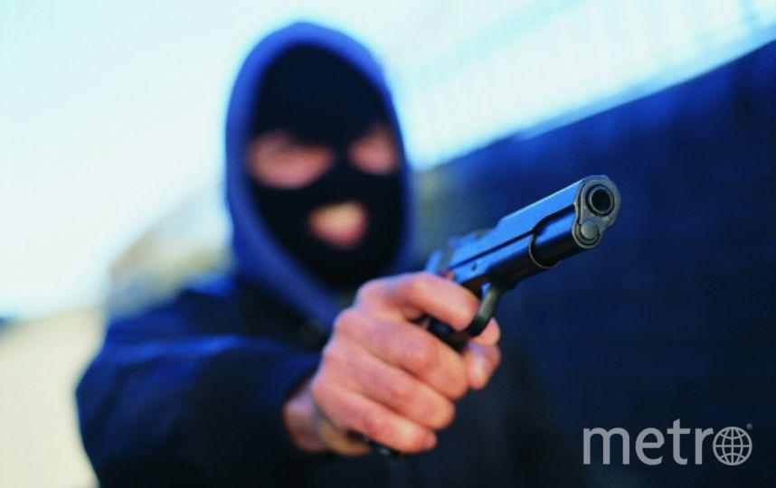 В коммунальную квартиру ворвались трое мужчин в масках. Фото Getty
