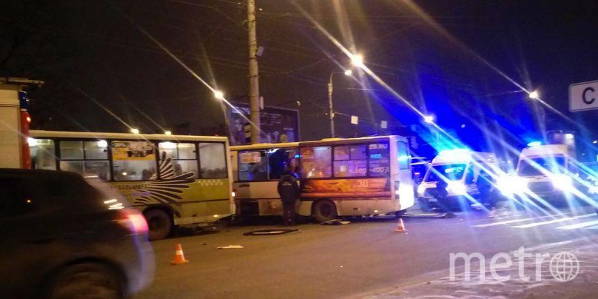 В трагедии смаршруткой вПетербурге пострадали 10 человек