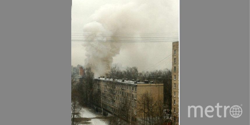 Изгорящей квартиры наНародной спасли мужчину