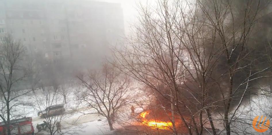 Ранним утром в центер Луганска взорвался автомобиль. Фото Скриншот Youtube.com