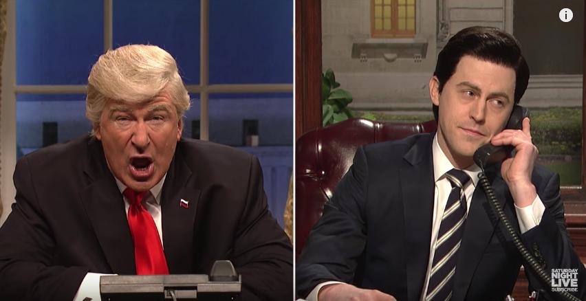 Дональд Трамп беседует с президентом Мексики. Фото Скриншот с официального YouTube канала Saturday Night Live.