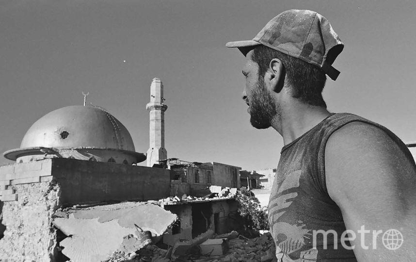 """Купол мечети пробит снарядом. Фото Виктор Приходько, предоставлено пресс-службой Сада """"Эрмитаж"""""""