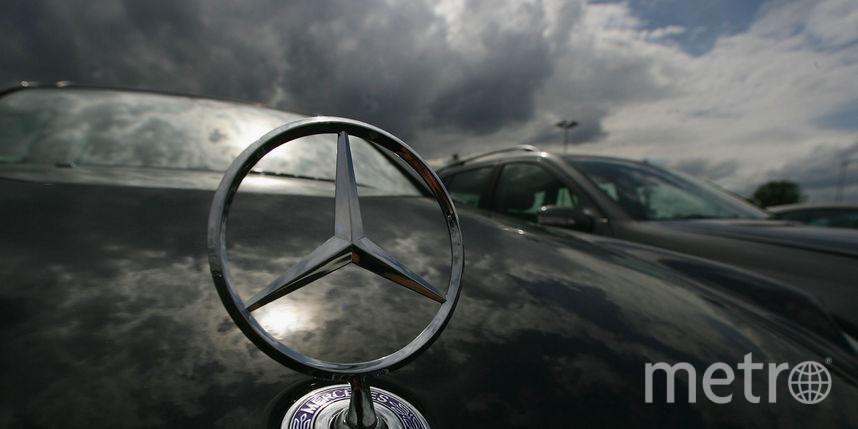 Убезработной петербурженки угнали Mercedes за5 млн руб.