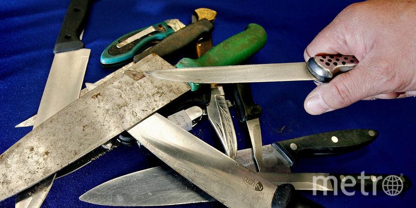 Петербуржец получил ножевое ранение ввагоне метро