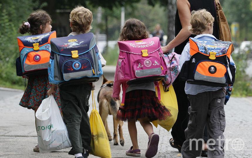 В Петербурге мать забыла забрать из школы семилетнего сына. Фото Getty