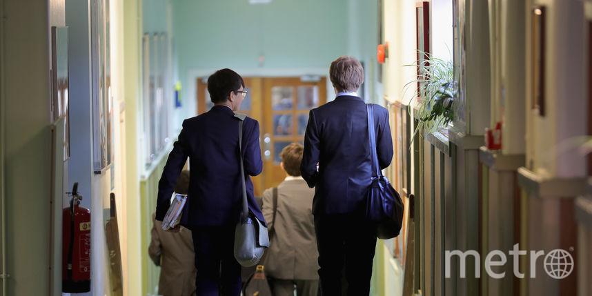 ВСША педагога арестовали закувырки без трусов перед учениками