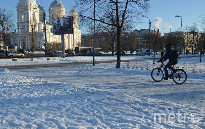 """""""На работу на велосипеде"""". Фото Софья Сажнева, """"Metro"""""""