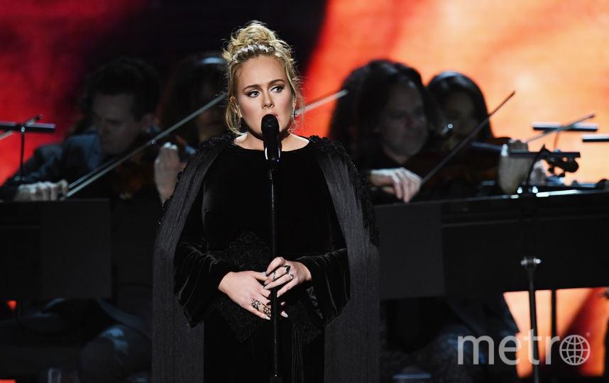 """Певица Адель на церемонии """"Грэмми-2017"""". Фото AFP"""