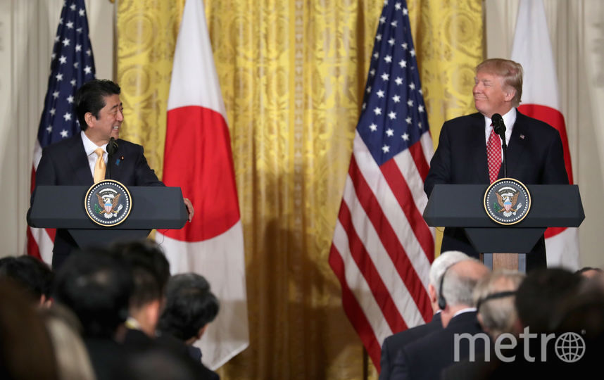 Президент США Дональд Трамп и премьер-министр Японии Синдзо Абэ. Фото Getty