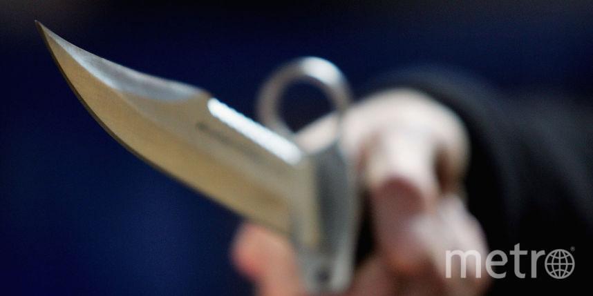 ВПетербурге мужчина метнул нож вголову собственной 17-летней падчерицы