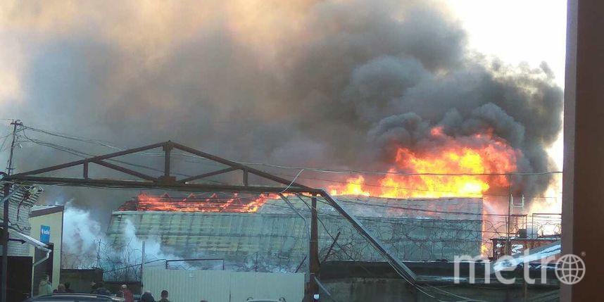 ВМитрофаньевском тупике сгорел пустой склад