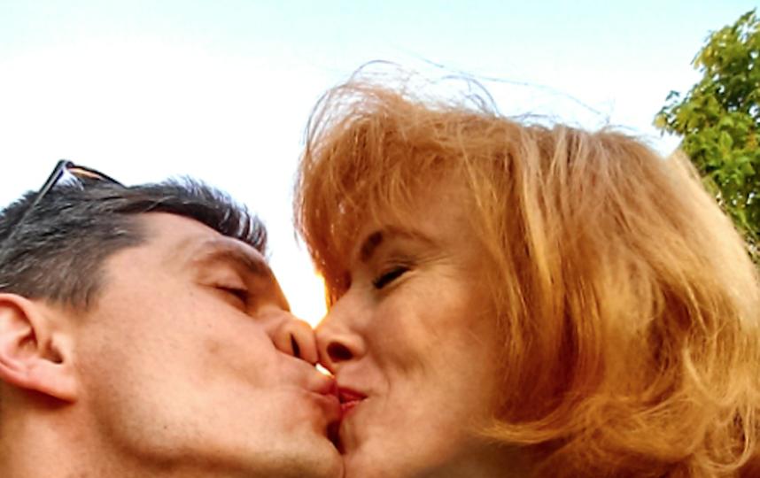 «Я ласково называю мужа  Мусьмусечный, – пишет наша читательница Анастасия. – А Андрей меня –  мой Рыжий тараканчик». Фото предоставлено героем публикации