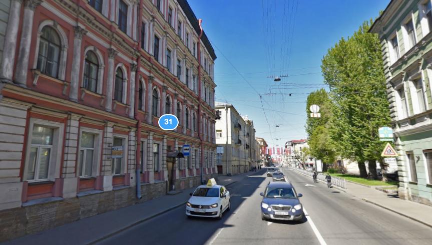В Петербурге рухнула часть фасада у автобусной остановки. Фото Скриншот/Яндекс.Карты