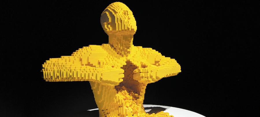 """В этой работе """"Жёлтый"""" автор представил самого себя – человека, который освобождает себя и даёт выход мечте. Фото Виктория Мельникова, """"Metro"""""""