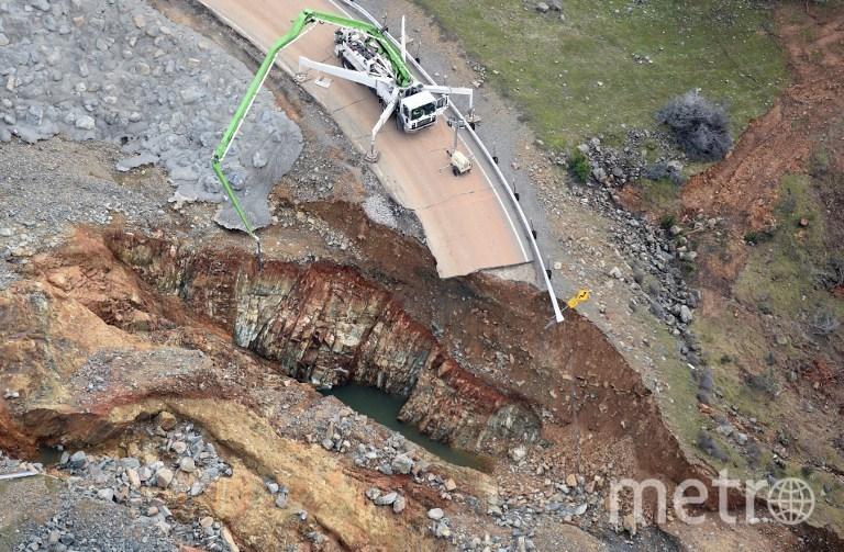 Прорыв плотины в Оровилле. Фото AFP