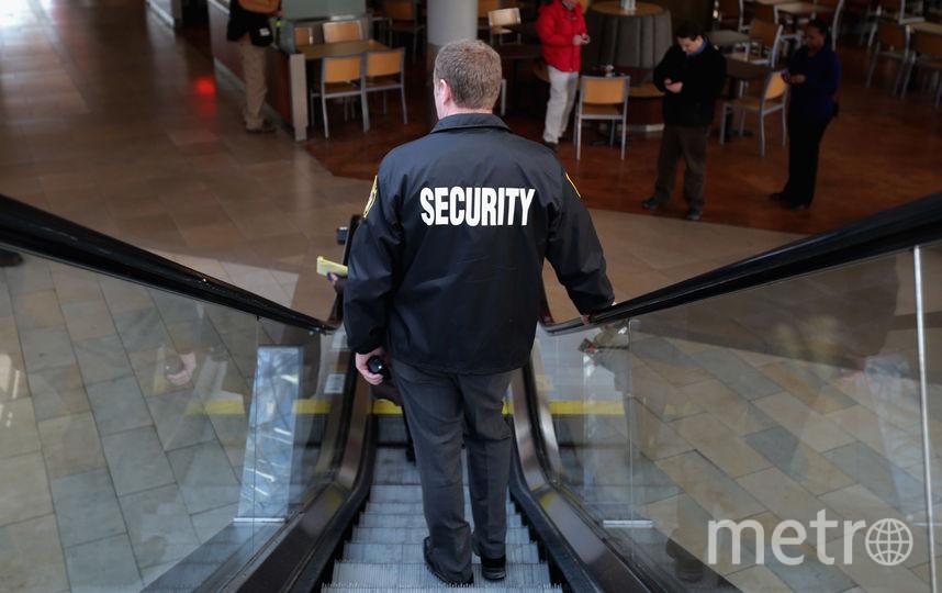 Охранную фирму в Петербурге накажут за отказ взять на работу женщину. Фото Getty