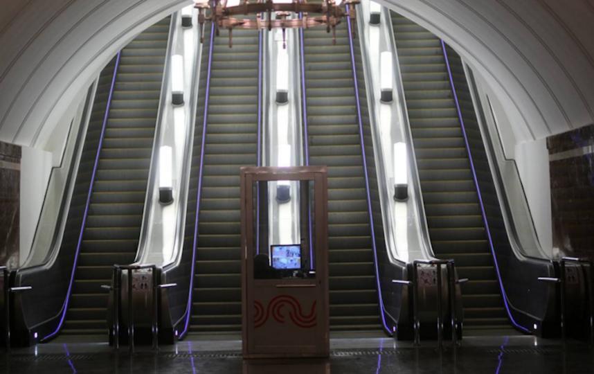 Эскалатор в метро. Фото https://www.instagram.com/mosmetro/