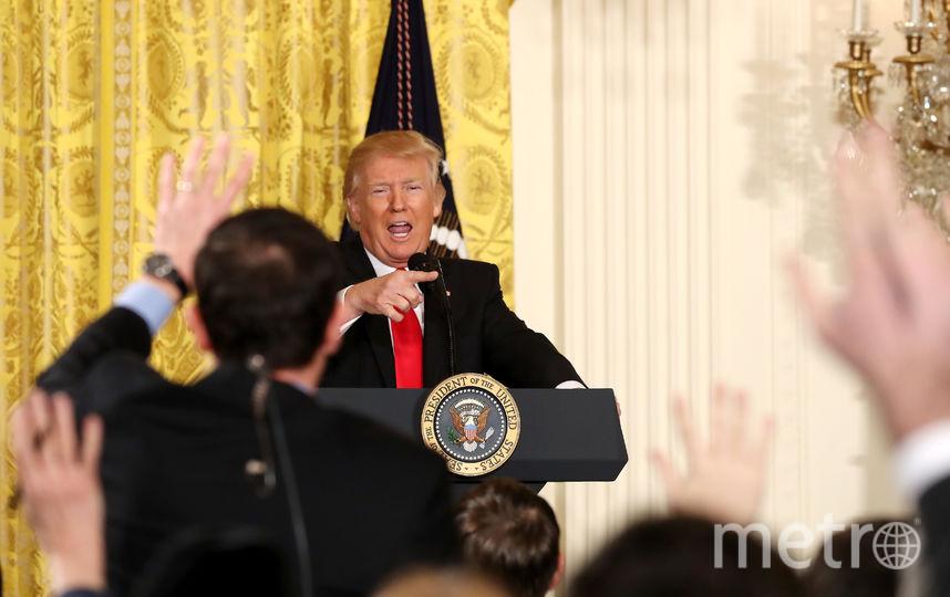 Дональд Трамп отвечает на вопросы журналистов. Фото Getty