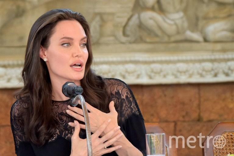 Анджелина Джоли рассчитывает навосстановление отношений сБрэдом Питтом