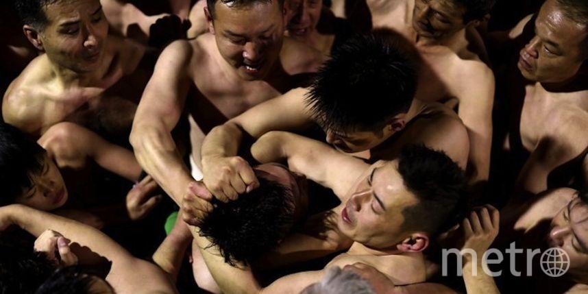ВЯпонии прошел Фестиваль голых мужчин