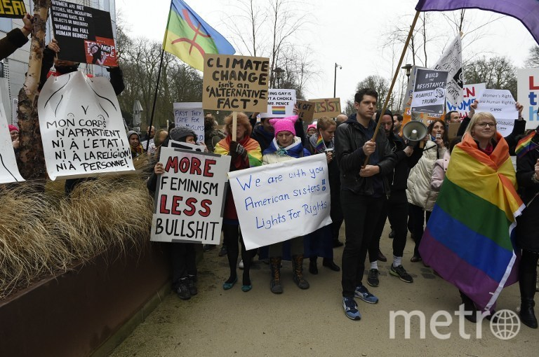 Остальные участники акции. Фото AFP