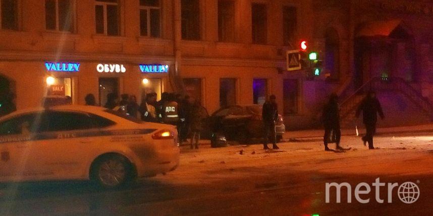 Таксист вцентре Петербурга устроил «гонки» сДПС