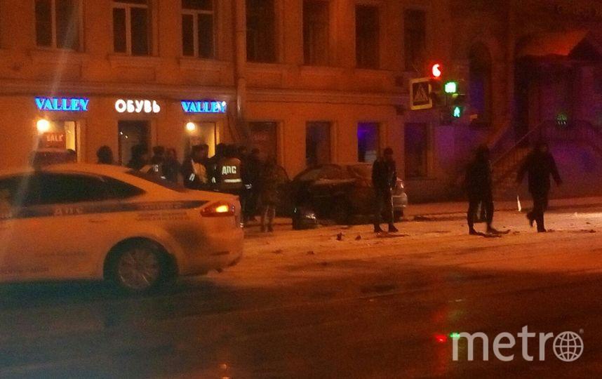 """сотрудники ДПС преследовали такси """"черный хэтчбек"""" с пассажирами. Фото vk.com"""