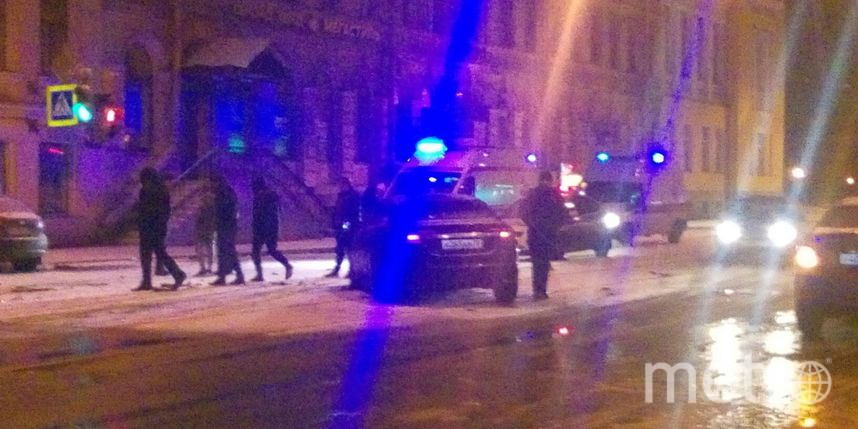 Свидетели: НаСадовой улице таксист пытался исчезнуть от милиции