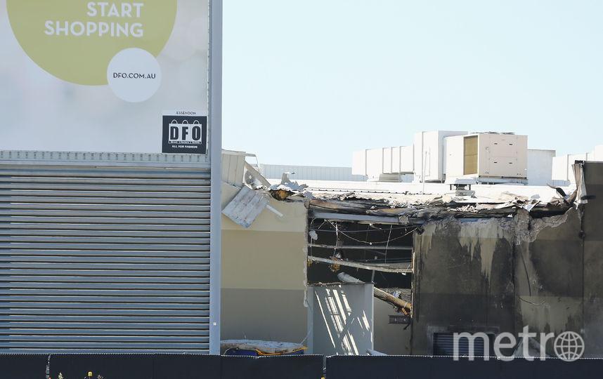 Самолет врезался в крышу торгового центра. Фото Getty