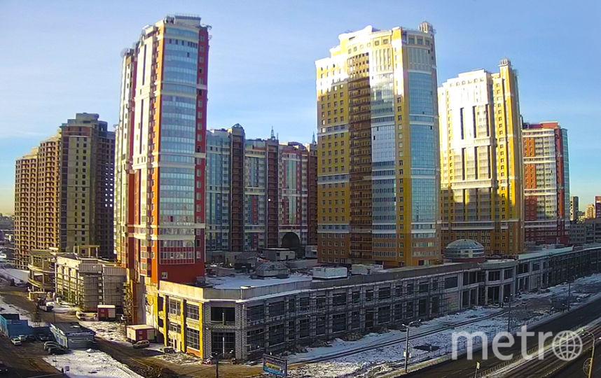 Это самые высокие строения в северной части города. Фото Л1
