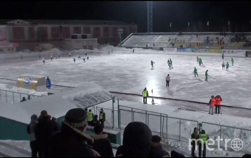 Чемпионат России по хоккею с мячом. Фото Скриншот Youtube