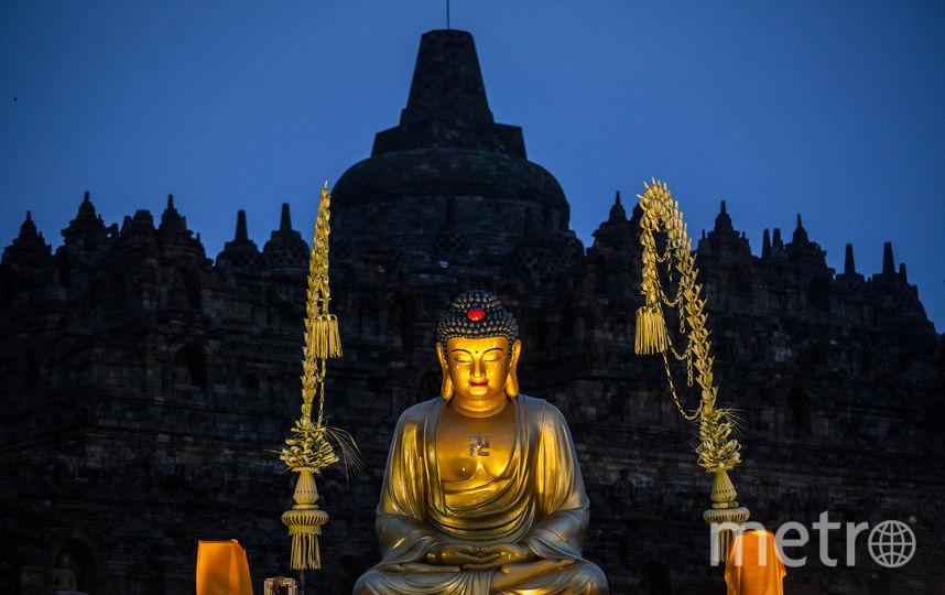 Специалисты СПбГУ не нашли пропаганды нацизма в обозначении буддийских храмов. Фото Скриншот/GoogleMaps, Getty