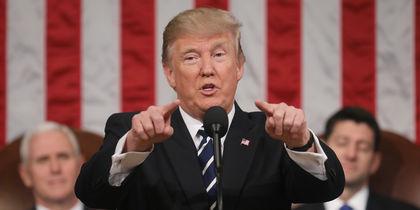 Традиционное выступление президента США перед Конгрессом вышло необыкновенно патриотичным